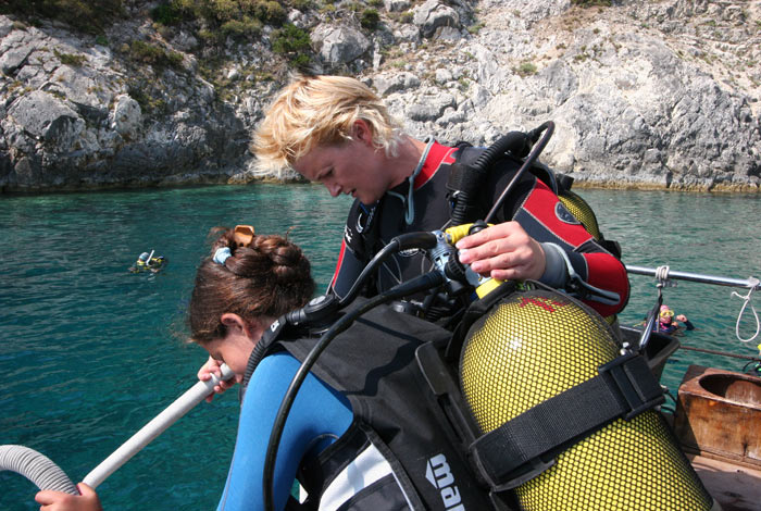 DIVING-CENTER-ZAKYNTHOS-KERI