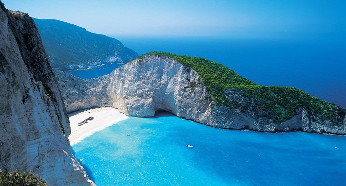 shipwreck-beach-zakynthos-greece